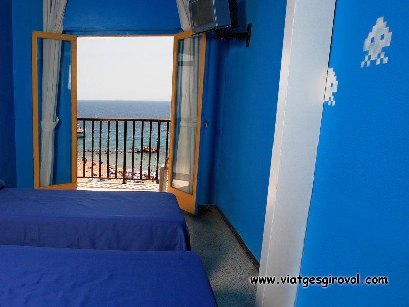 Oferta hotel en benidorm en primera linea de mar ofertas for Oferta hotel familiar benidorm