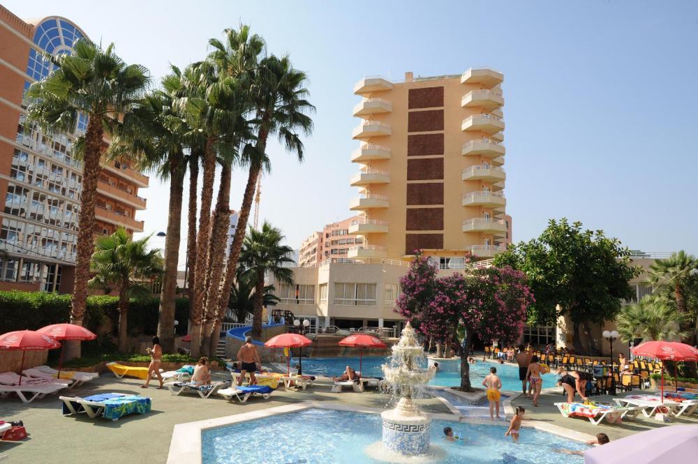 Oferta mayores de 55 a os en benidorm en el hotel alone 3 for Oferta hotel familiar benidorm