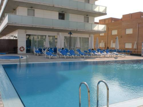 Oferta vacaciones familias monoparentales en el hotel for Thalasia precio piscina