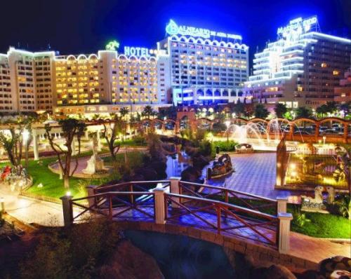 Escapada wellness en el hotel gran duque 4 ofertas for Jardines marina d or