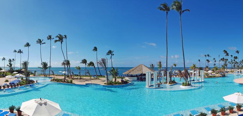 Oferta especial viaje a puerto rico en el hotel gran meli for 5 paws hotel and salon puerto rico