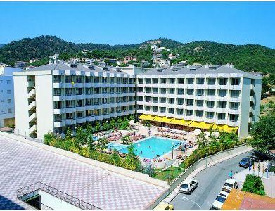 Escapada familiar en el hotel oasis tossa spa 4 for Hotel spa familiar